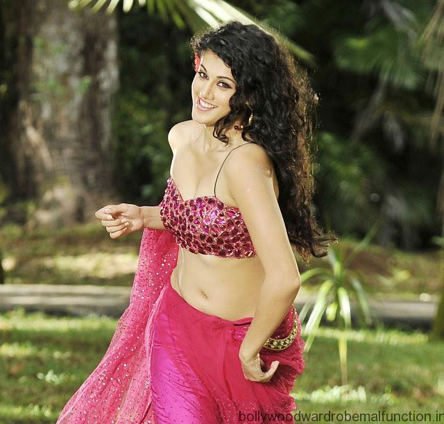 Taapsee Pannu Hot Navel And Cleavage Exposed