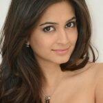 Kriti Kharbanda Biography, Biodata, Wiki, Age, Height, Weight, Affairs & More