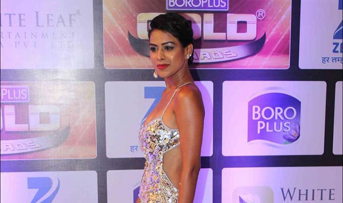 Jamai Raja actress Nia Sharma flaunts her body in sexy dress at Zee Gold Awards