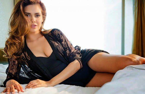 Esha Gupta Photoshoot   Bikini   HD Pictures