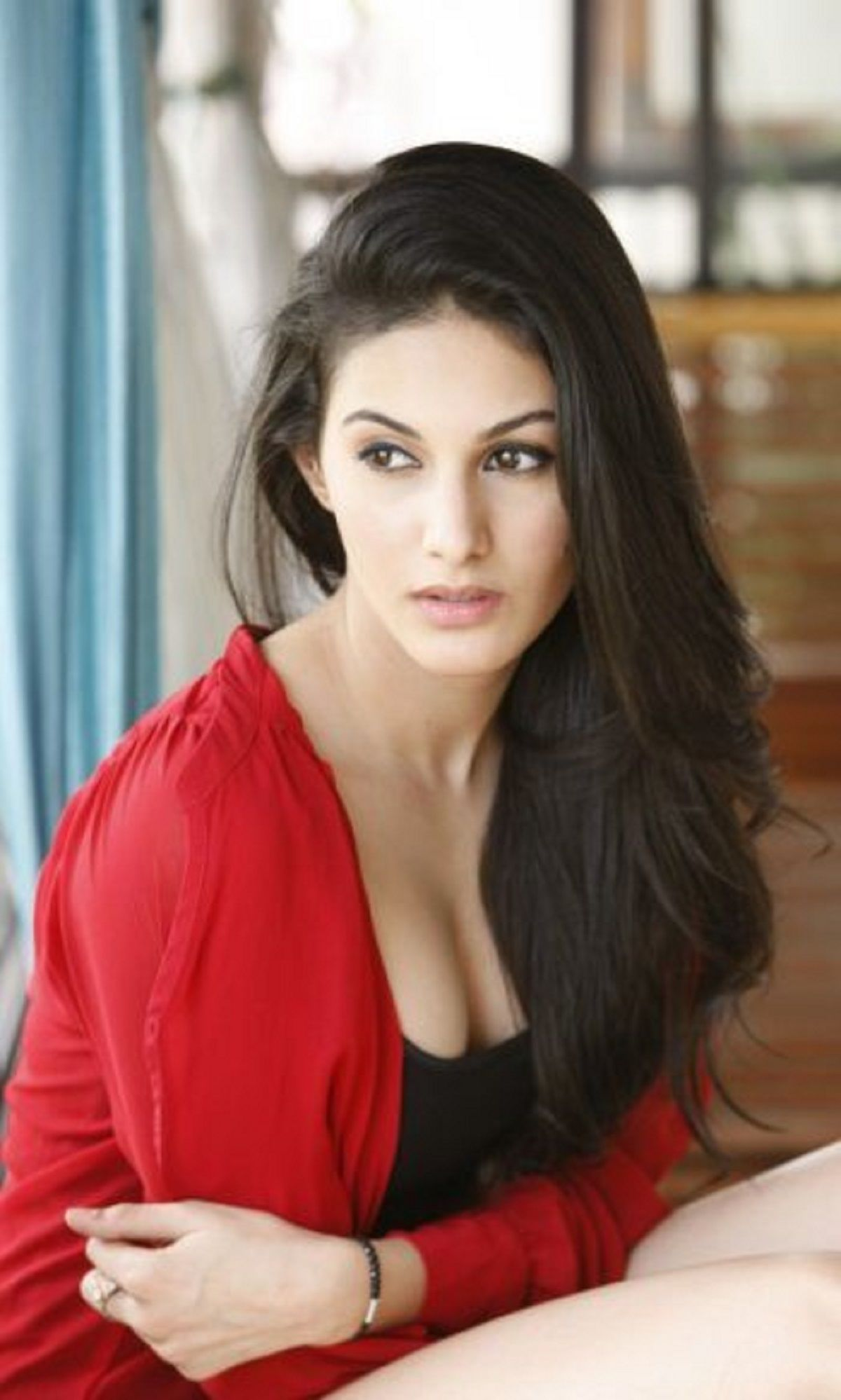 Amyra Dastur Latest Photoshoot Pics