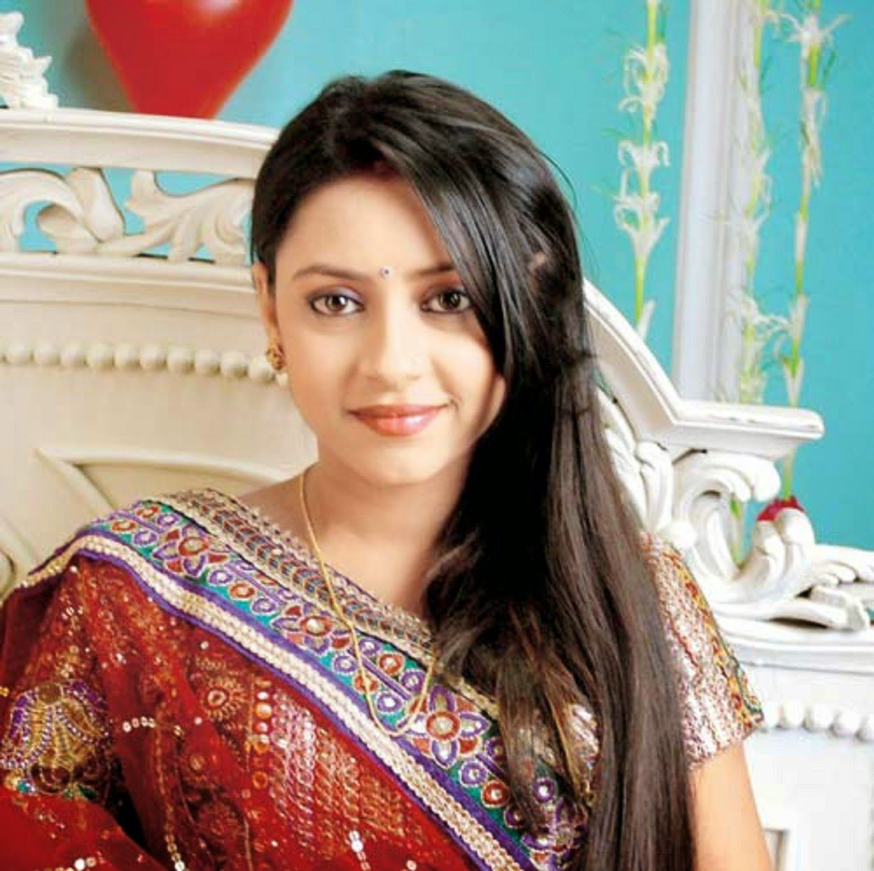 Pratyusha Banerjee HD Pictures