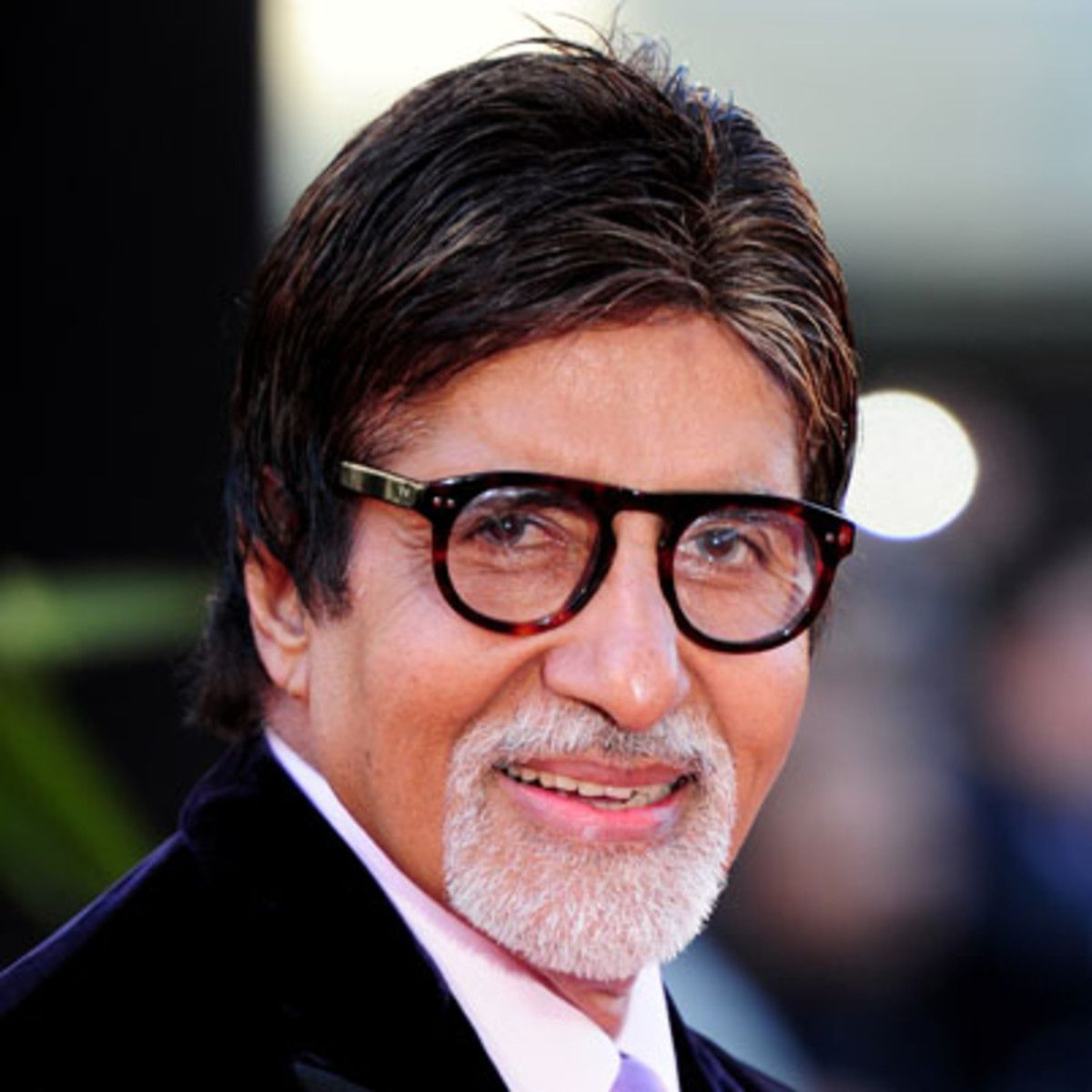Amitabh Bachchan Biography, Age, Height, Weight, Affairs, Religion