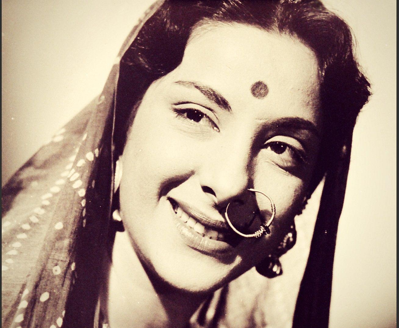 Nargis Biography
