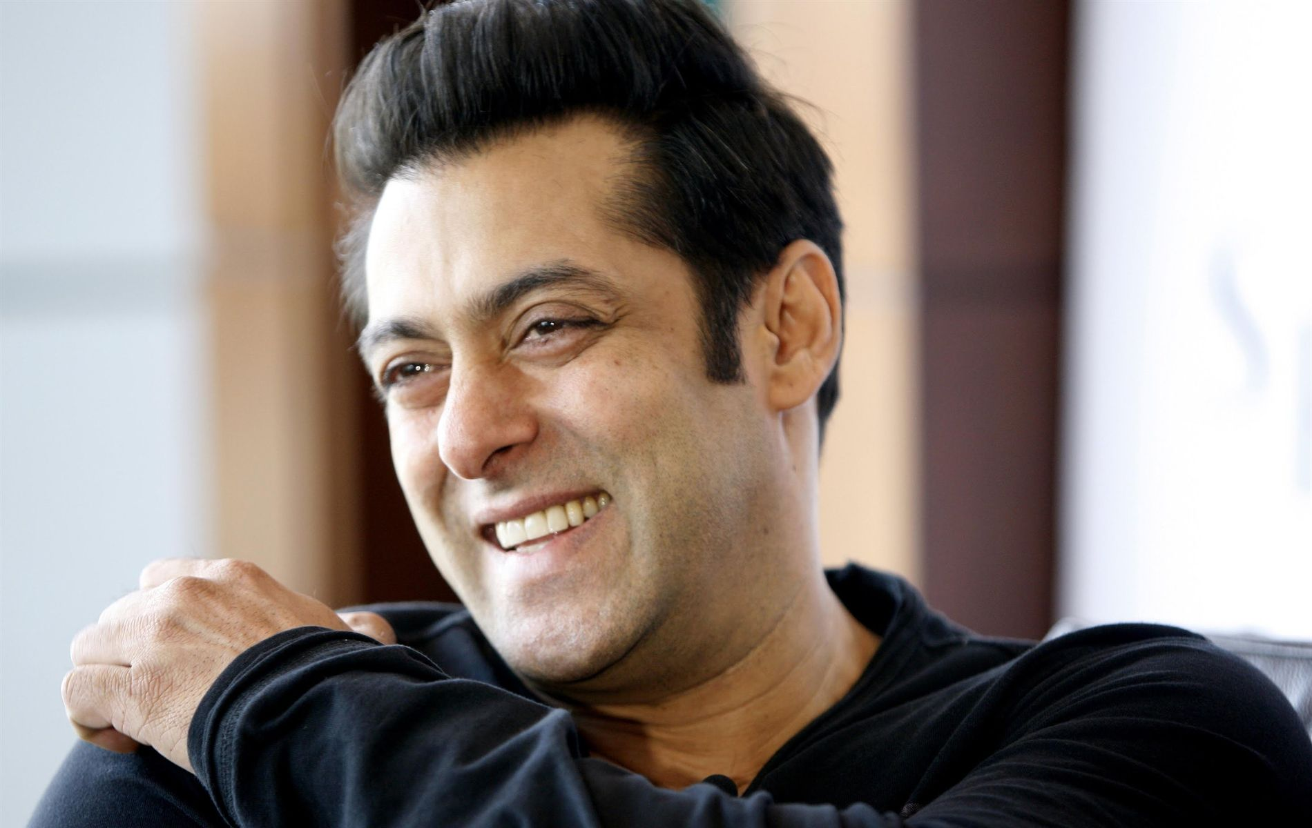 Salman Khan Biography, Age, Height, Weight, Affairs & More