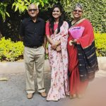 Shraddha-Srinath-With-Parents