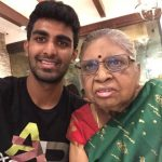 Prajnesh-Gunneswaran-with-mother
