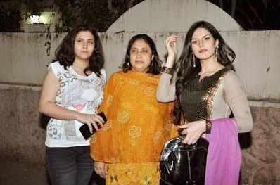 Zareen Khan with her family