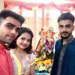 Gia Manek with Brothers