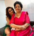 Nehha Pendse with mother Shubhangi Pendse