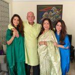 Esha Gupta Neha Gupta with Parents