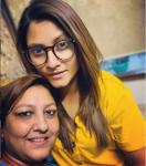Taniya Bhatiya with mother Sapna Bhatiya